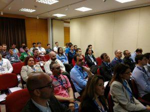 O público de Criciúma está prestigiando o HardShow e fazendo perguntas sobre os conteúdos apresentados