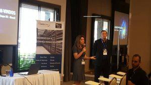 Luciane Dalmolin (Partner Led Sales Director - Dell EMC) e Martin Foster (diretor geral Hardlink) dão as boas-vindas aos participantes da edição Blumenau